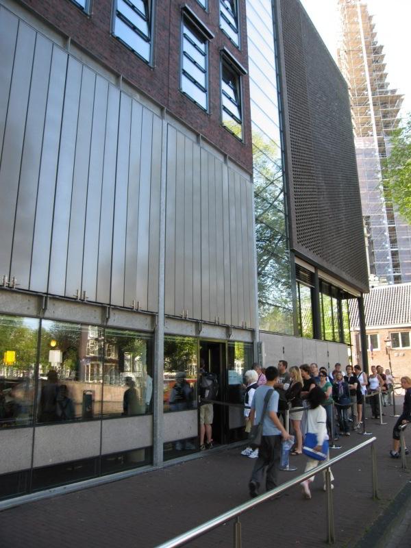 Entrada al museo de la Casa de Ana Frank