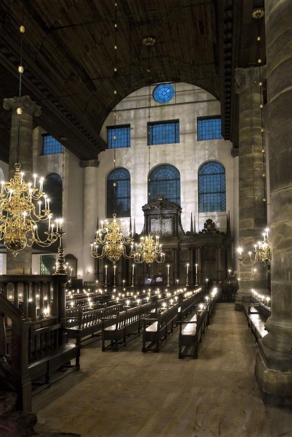 Interior  de la Sinagoga Portuguesa. Foto Peter Lange