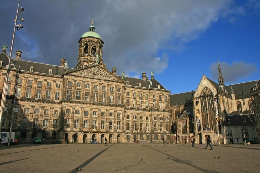 Palacio Real y Nieuwe Kerk en la Plaza del Dam